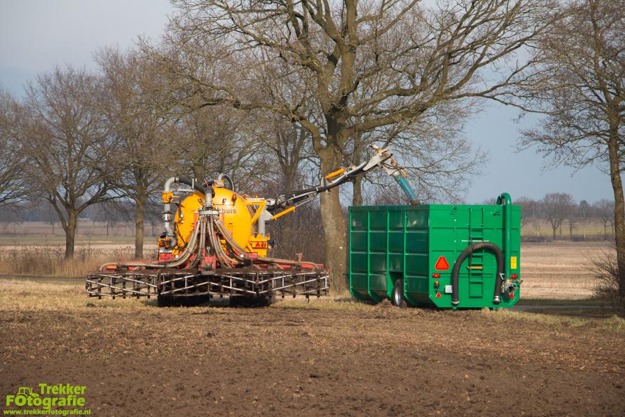 trekkerfotografie-bouwland-bemesten-weco-de-hondsrug-IMG_5808