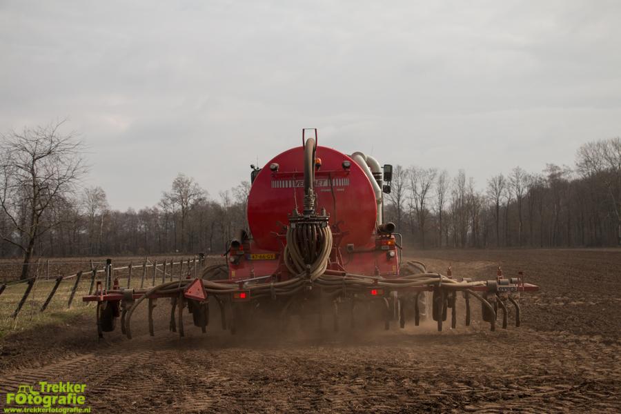 trekkerfotografie-bouwland-bemesten-gebr.-reintjes-IMG_6597