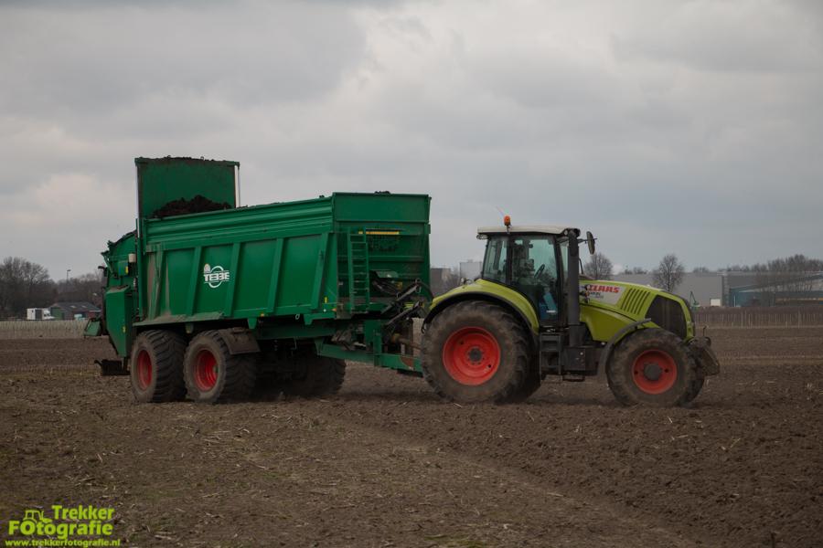 trekkerfotografie-compost-strooien-van-lin-v.o.f.-IMG_6670