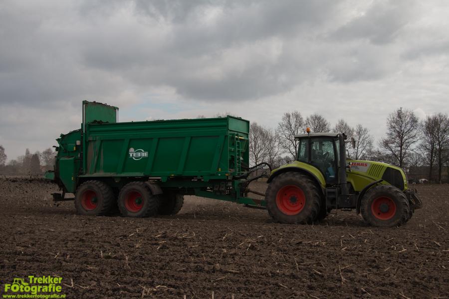 trekkerfotografie-compost-strooien-van-lin-v.o.f.-IMG_6678