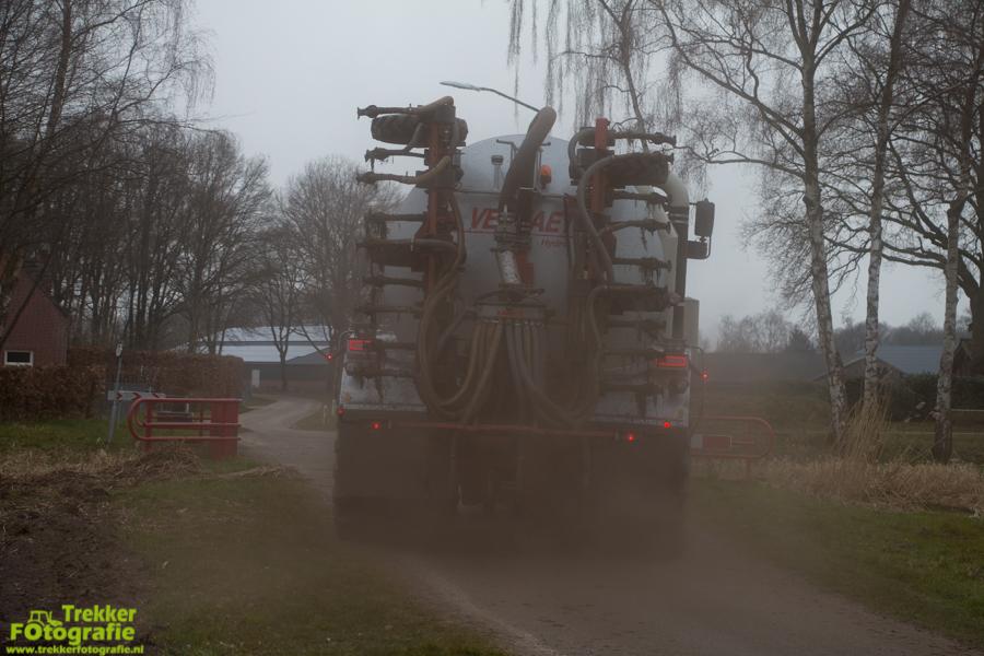 trekkerfotografie-bouwland-bemesten-ploegmakers-IMG_7053