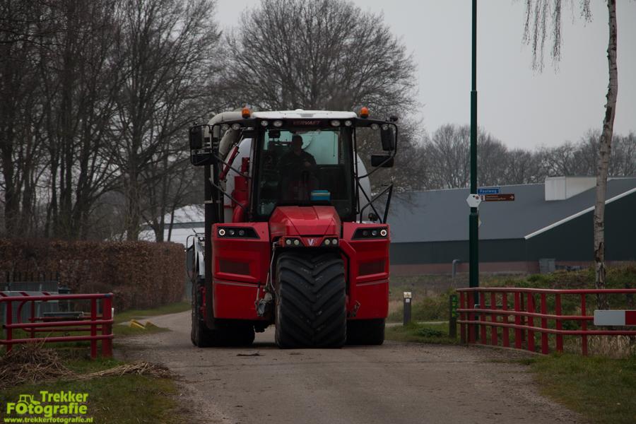 trekkerfotografie-bouwland-bemesten-ploegmakers-IMG_7067