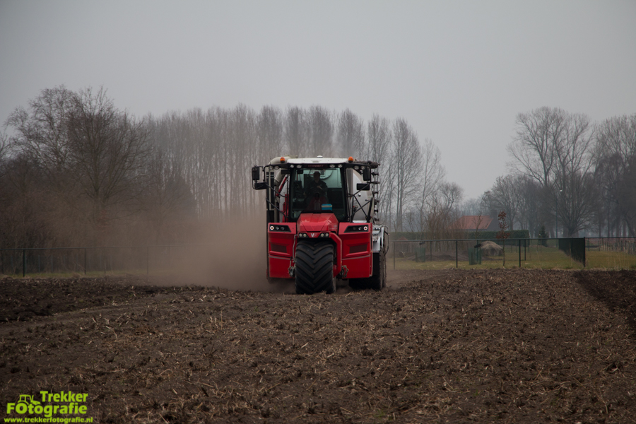 trekkerfotografie-bouwland-bemesten-ploegmakers-IMG_7085