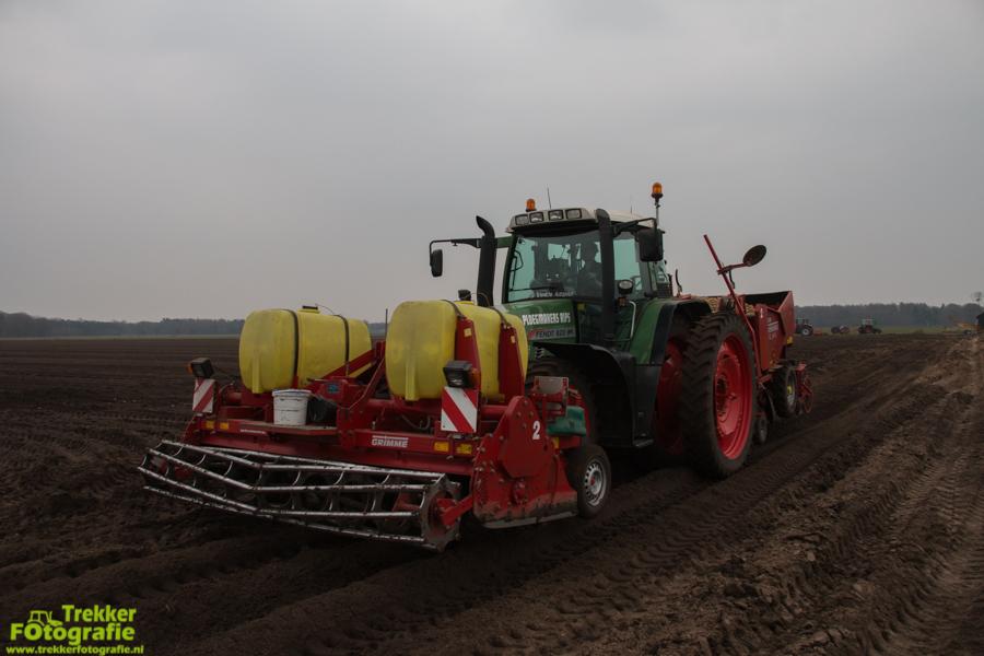 trekkerfotografie-aardappels-poten-ploegmakers-IMG_7112
