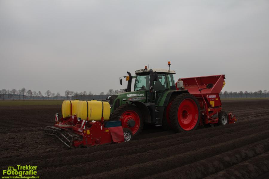 trekkerfotografie-aardappels-poten-ploegmakers-IMG_7116