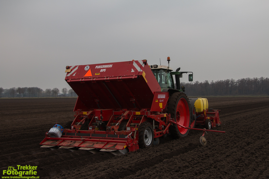 trekkerfotografie-aardappels-poten-ploegmakers-IMG_7126