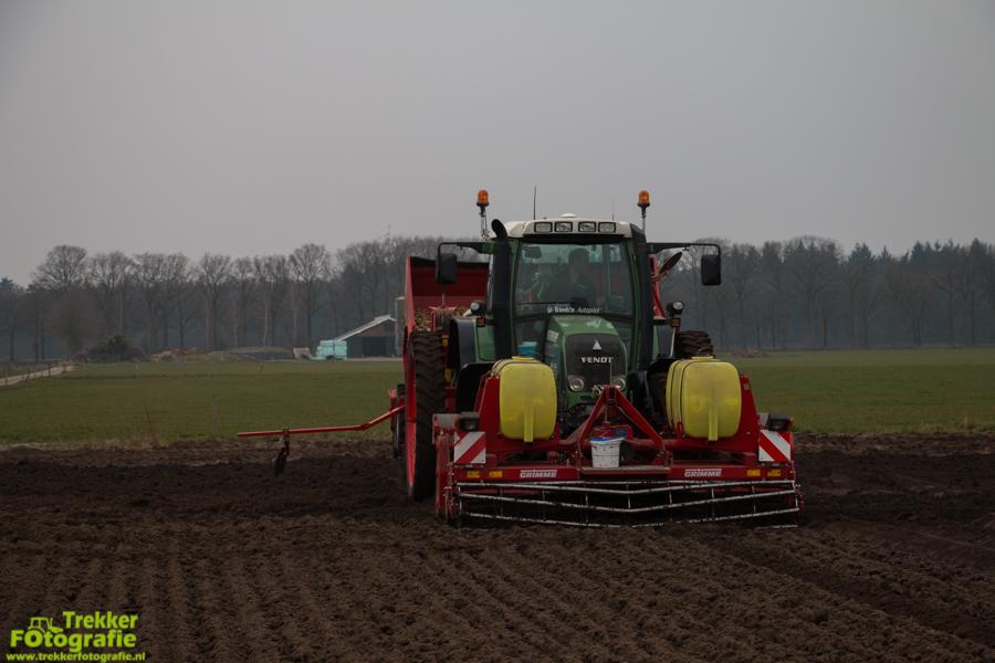 trekkerfotografie-aardappels-poten-ploegmakers-IMG_7127