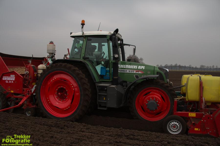 trekkerfotografie-aardappels-poten-ploegmakers-IMG_7129