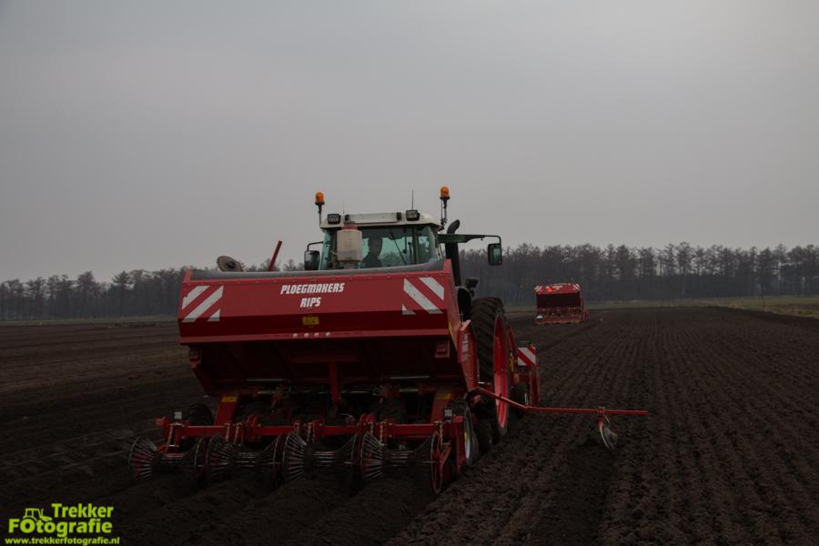 trekkerfotografie-aardappels-poten-ploegmakers-IMG_7131